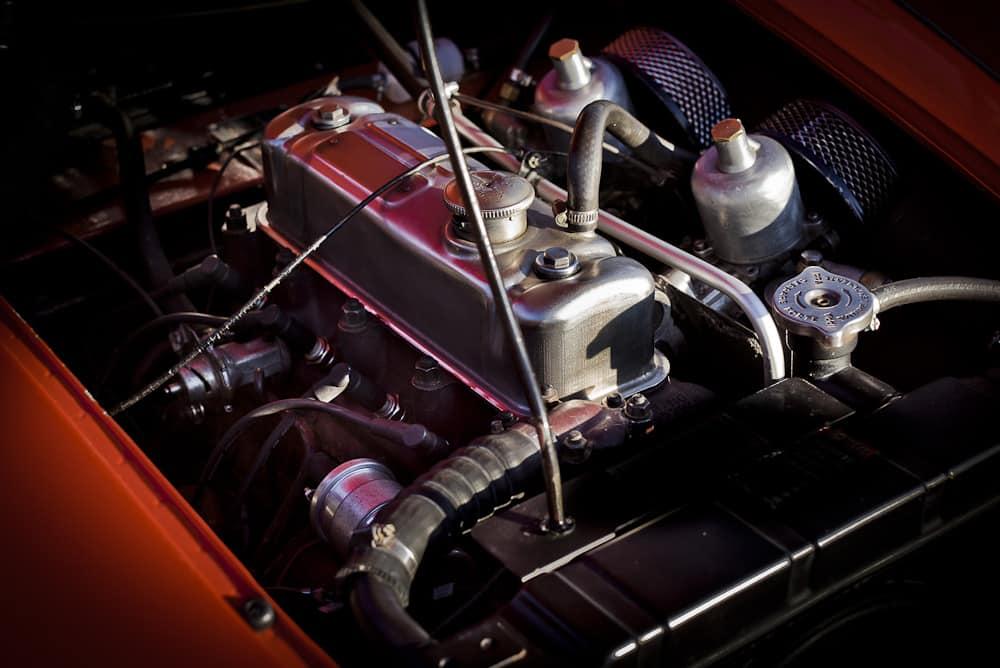 Austin-Healey-3000-john-classic-restauration-voiture-ancienne-collection