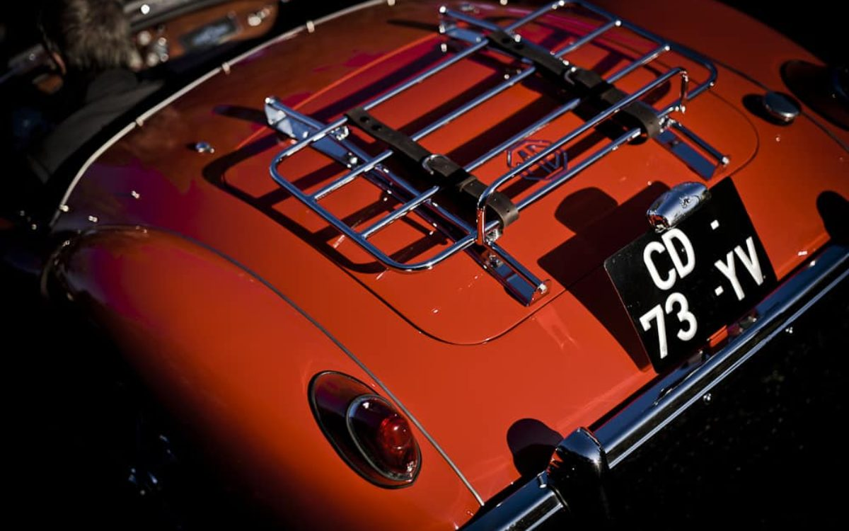 MGA-1600-john-classic-restauration-voiture-ancienne-classique-collection