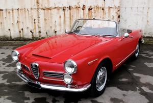 Alfa Romeo 2600 Touring rouge